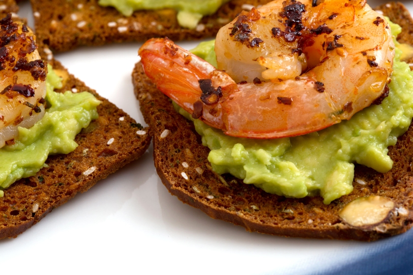 Shrimp-Avacado-pistacio-and-rosemary kii-detail